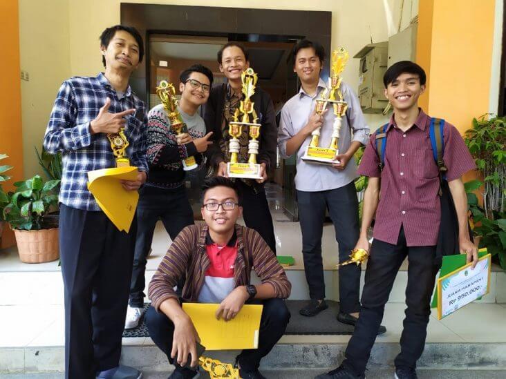 Keren ! Empat Mahasiswa Arsitektur ITN Malang Borong Juara Lomba Desain Gapura Kota Pasuruan